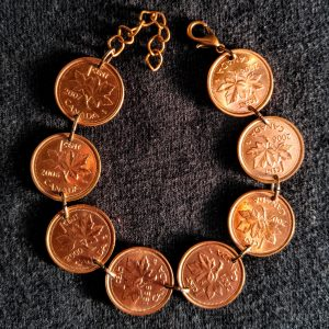 8 Canadian Pennies Bracelet