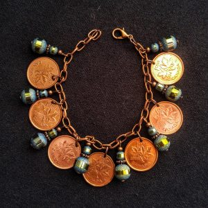 Canadian Pennies & Metallic Green/Turquoise Glass Beads Dangle Bracelet
